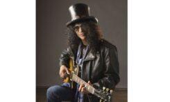 Gitarzysta Slash w barwach Roadrunner Records