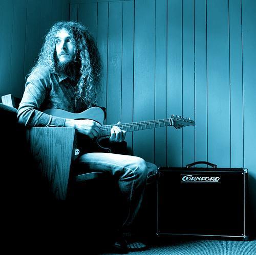 Nowy sprzęt i nowy zespół Guthrie Govana