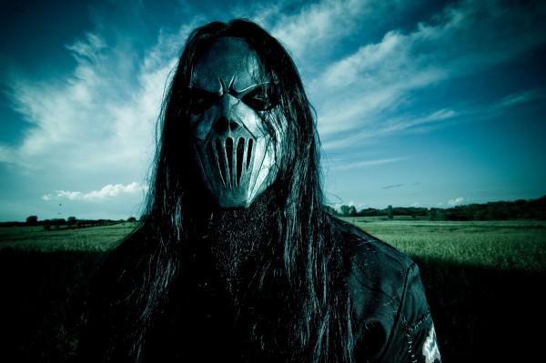 Gitarzysta Slipknot raniony nożem w głowę