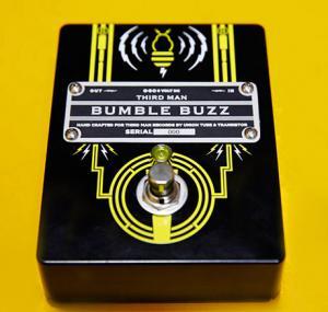 Jack White przedstawia fuzz Bumble Buzz