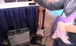 NAMM 2014: Fender Deluxe Strat Plus