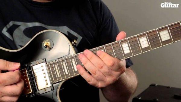 """Zagraj """"Paranoid"""" Black Sabbath"""