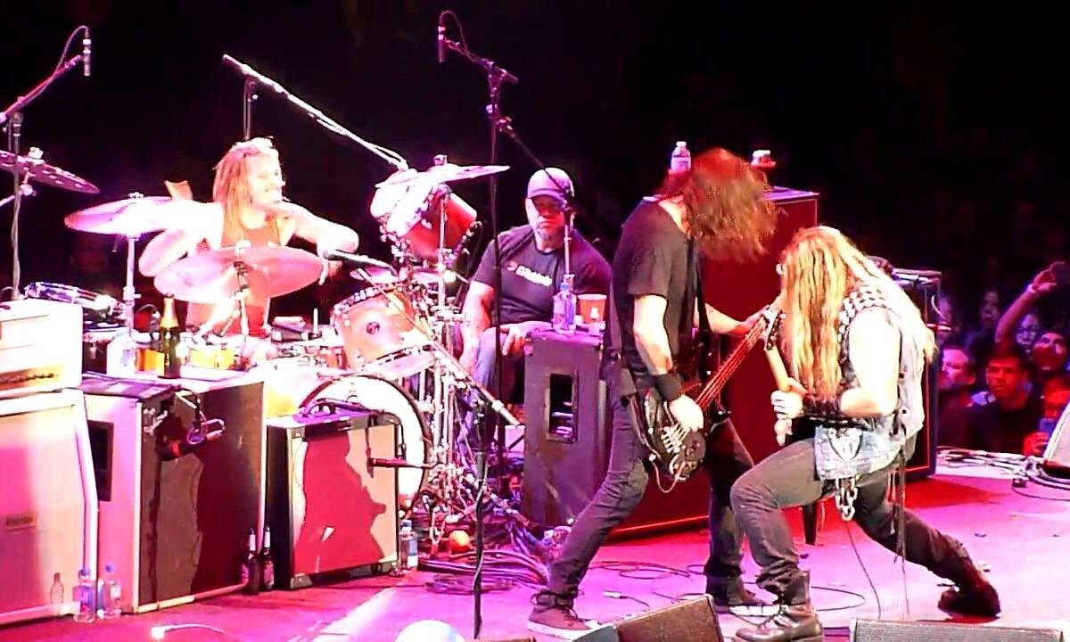 Zakk Wylde, Slash i inni na scenie z Foo Fighters