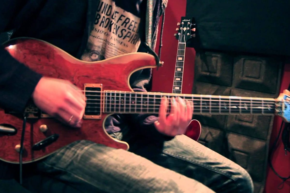 Jan Mitoraj – solo gitarowe z kwartetem smyczkowym