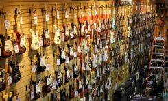 Fender na ścieżce wojennej ze sklepami?