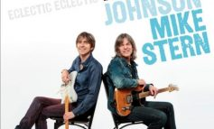 """Eric Johnson, Mike Stern """"Eclectic"""""""