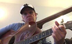 Joe Bonamassa gra na 1919 Gibson Style U harp guitar