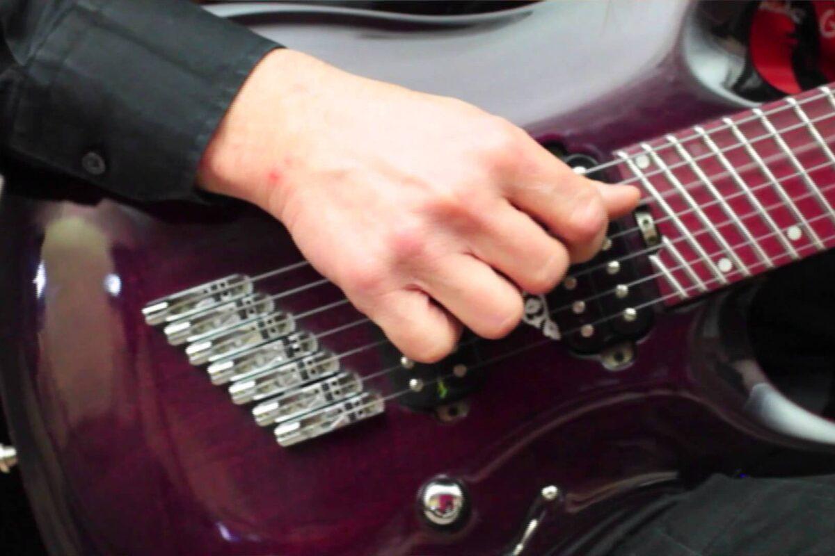 """""""Bohemian Rhapsody"""" Queen techniką fingerstyle"""