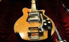 Gitara Maton George'a Harrisona sprzedana za pół miliona dolarów