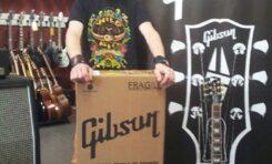 Sklep RNR przekazał Gibsona na rzecz WOŚP