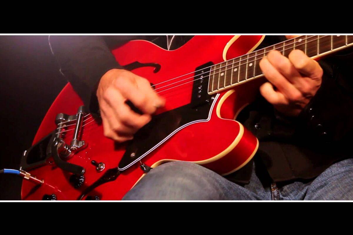 Gitara Cort Source BV
