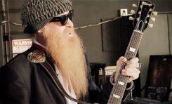 Billy Gibbons z ZZ Top pokazuje swoje gitary