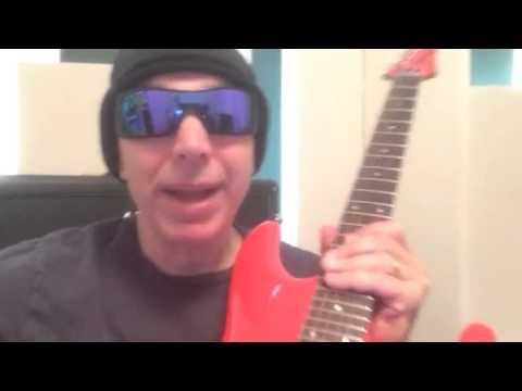 Joe Satriani przygotował zaproszenie na trasę koncertową