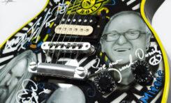 Gitara z XXI Woodstocku w licytacji 24. Wielkiej Orkiestry Świątecznej Pomocy