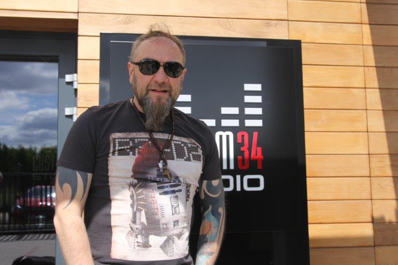 Piotr Łukaszewski o nagrywaniu gitar