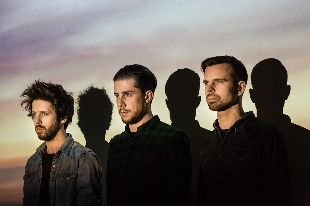 Premiera nowego albumu zespołu Heroes Get Remembered