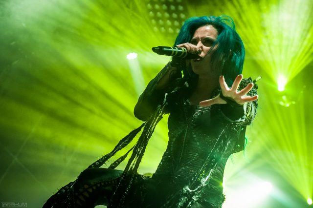 15.08.2016 - Gdansk - B90. Koncert zespolu Arch Enemy n/z Alissa White-Gluz | Fot. Karol Makurat/REPORTER