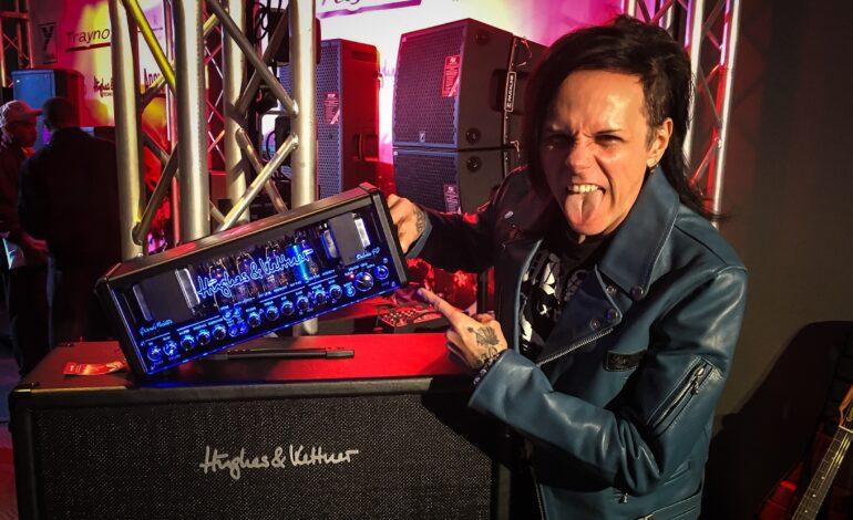 Acey Slade o powrocie Misfits, trasie koncertowej i gitarowym sprzęcie