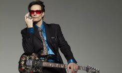 Według Steve Vaia najlepszym gitarzystą wszech czasów jest...