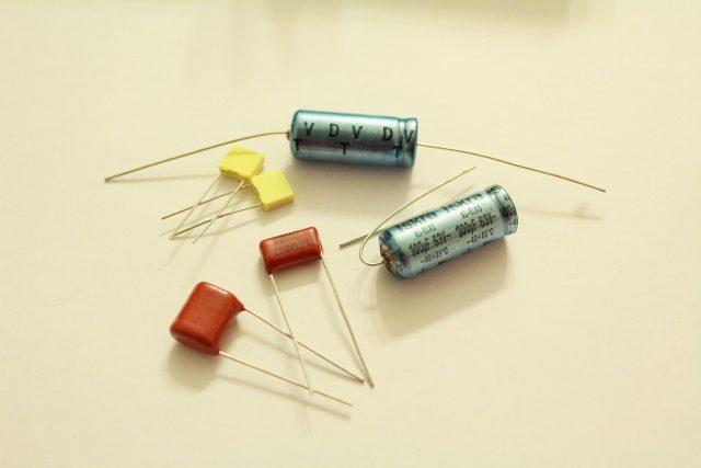 Dr Amp - kondensatory