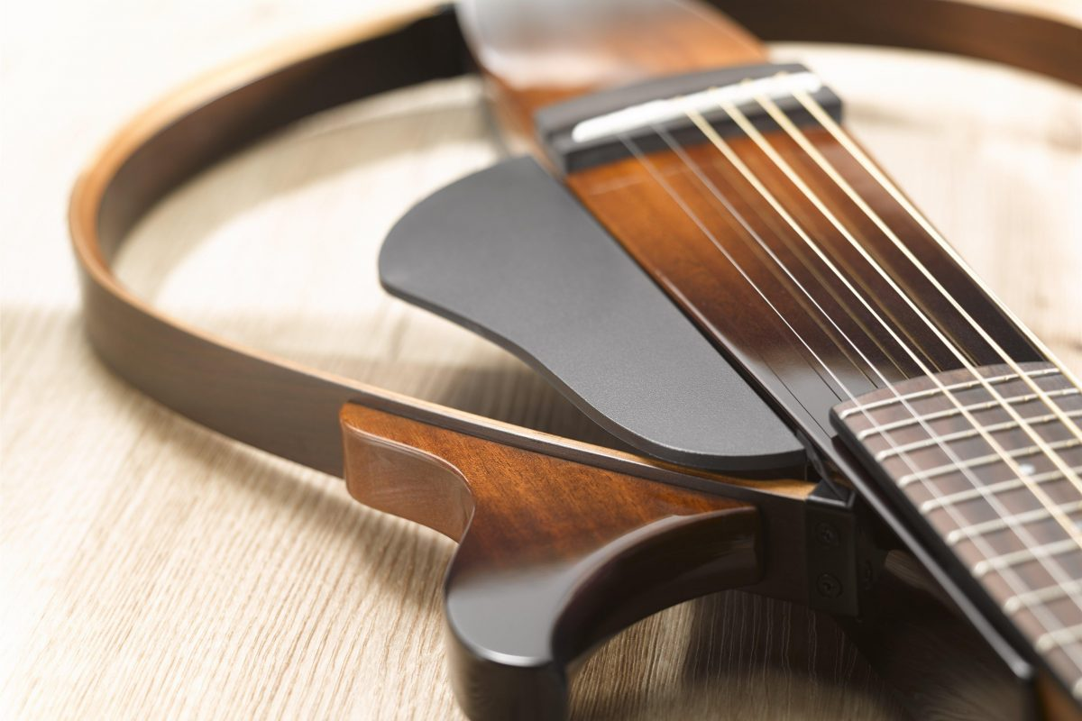 Yamaha Silent Guitar SLG 200N NT i SLG 200S NT – test