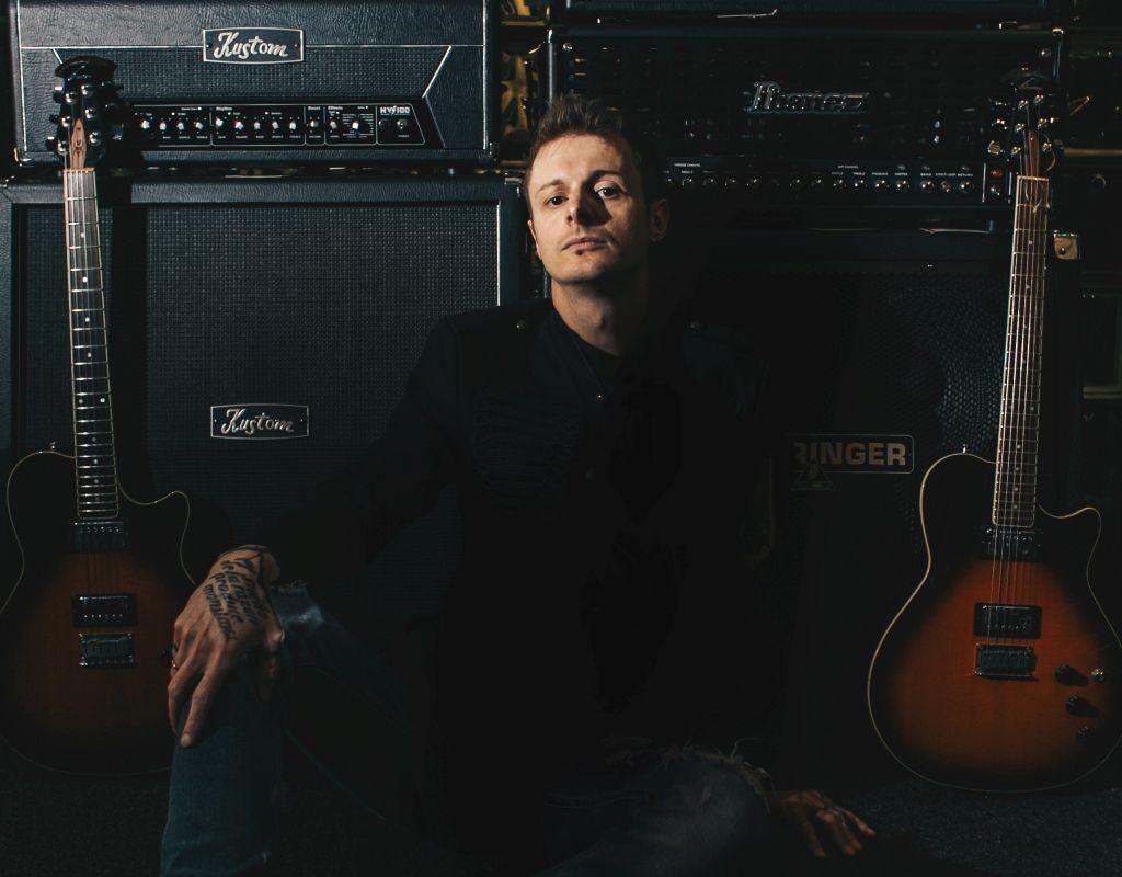 """Daniel Popiałkiewicz promuje """"Nada"""" na żywo"""