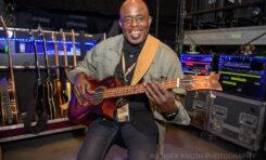 ORTEGA Guitars przedstawia bas akustyczny sygnowany przez Kena Taylora - KT-WALKER-V2
