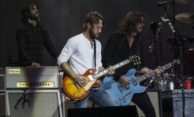 Chris Shiflett z Foo Fighters wyprzedaje swoje gitary