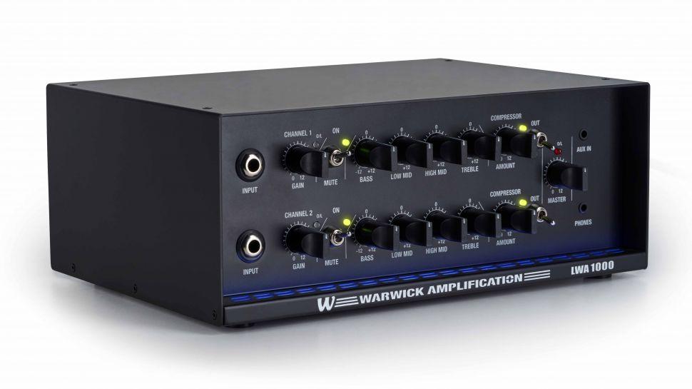 Czarny Warwick LWA 1000