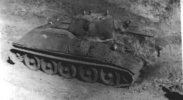 Radziecki czołg T-34, fot. Wikimedia Commons