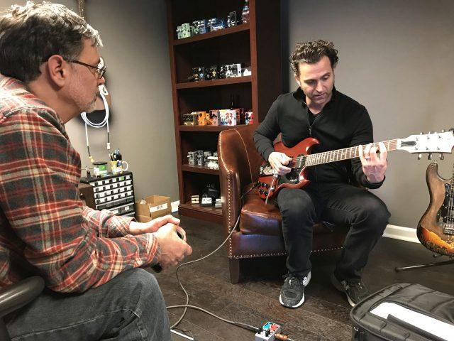 W odwiedziny i na testy wpadł Dweezil Zappa.