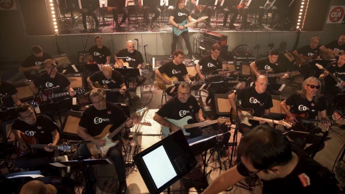 Orkiestra 50 gitar elektrycznych