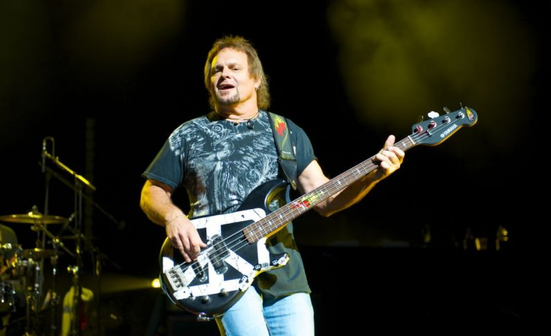 Michael Anthony Sobolewski - basista Van Halen, Chickenfoot i The Circle