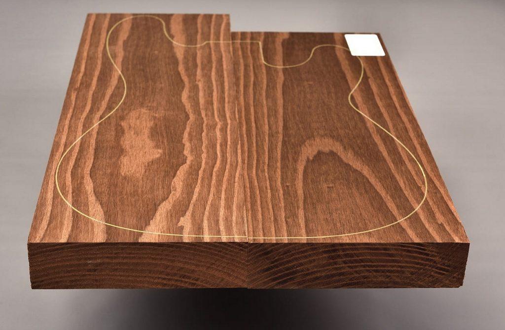 Drewno na korpus z jesionu pieczonego