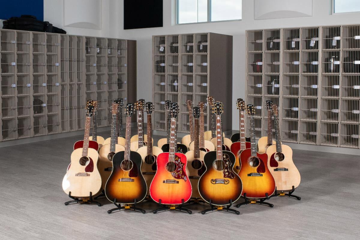 Gibson podarował gitary dla uczniów szkoły w Bozeman