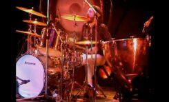 """John Bonham z Led Zeppelin - solo w utworze """"Moby Dick"""""""
