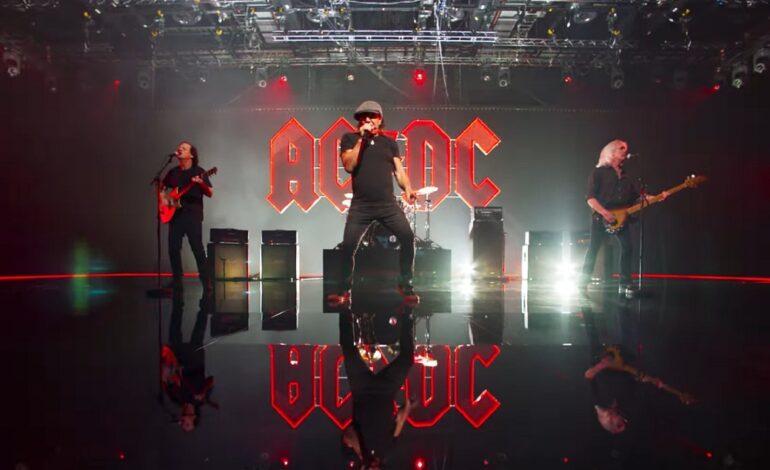 "AC/DC ""Shot In The Dark"" - oficjalne video"