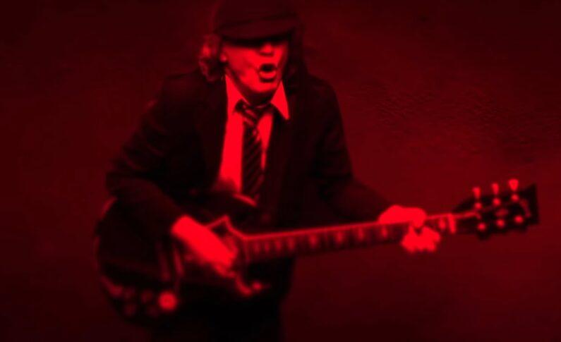 "AC/DC ""Shot In The Dark"""