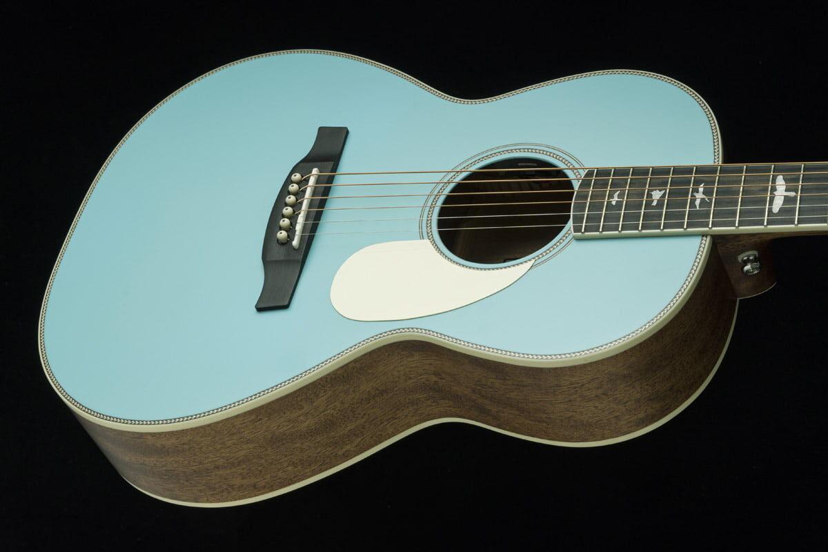 Limitowany model PRS SE P20E Powder Blue