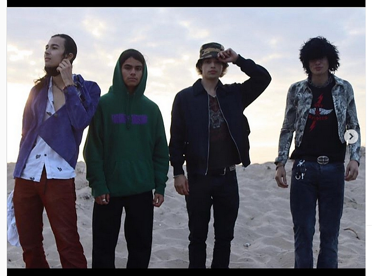 Suspect208 czyli kapela dzieci Slasha, Trujillo i Weilanda