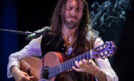 Estas Tonne - odwzajemniona miłość do gitary