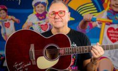 Unikalna gitara Takamine ponownie licytowana na WOŚP