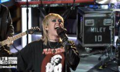 "Miley Cyrus nagrała cover ""Nothing Else Matters"" i stała się rockmanką"
