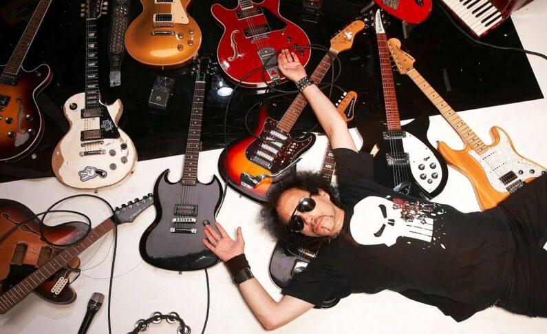 """Andrzej """"Pudel"""" Bieniasz - wywiad z artystą niepokornym i koneserem gitarowego sprzętu"""