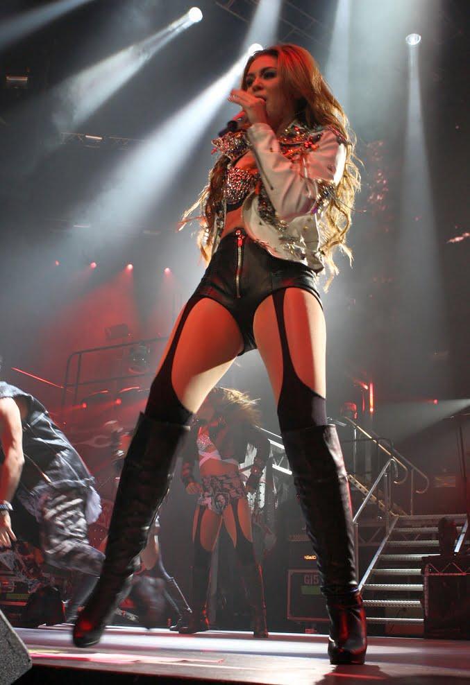 Miley Cyrus Gypsi Tour Acer Arena Sydney, fot. Eva Rinaldi Celebrity Photographer na licencji CC BY-SA 2.0