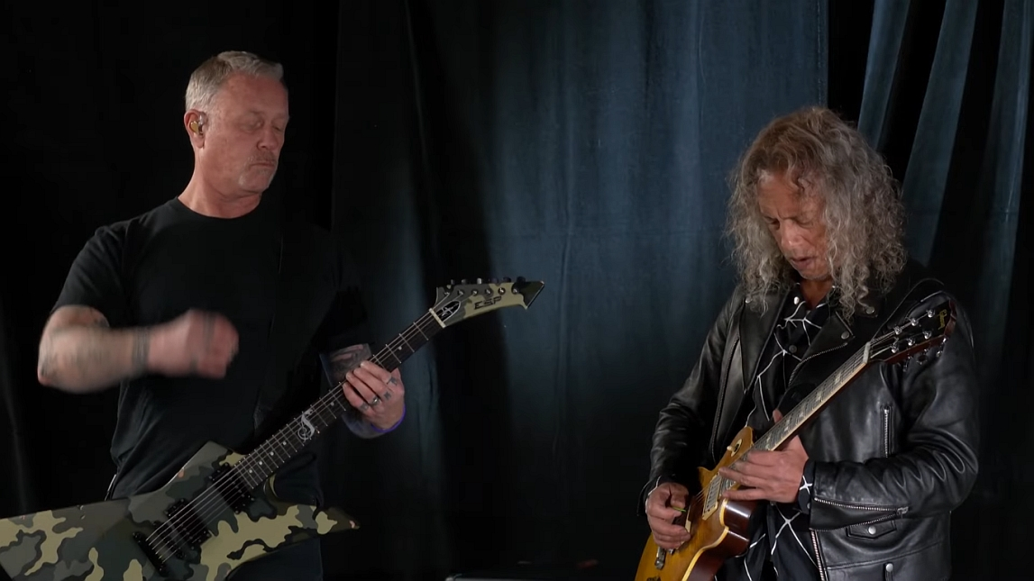 James Hetfield i Kirk Hammett zagrali na gitarach hymn USA
