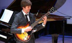 """Max Light - """"początek kolejnego rozdziału w historii gitary jazzowej"""""""