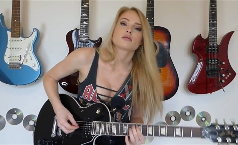 Sophie Lloyd dostała gitarę od Matta Bellamy'ego
