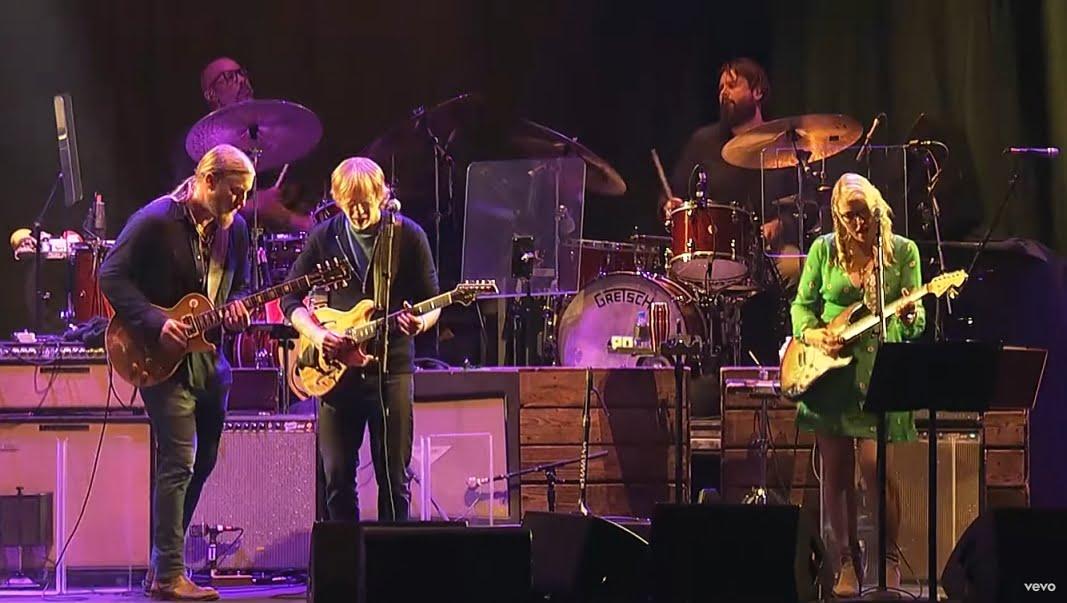 """Tedeschi Trucks Band wyda płytę live z wykonaniem legendarnego albumu """"Layla and Other Assorted Love Songs"""""""