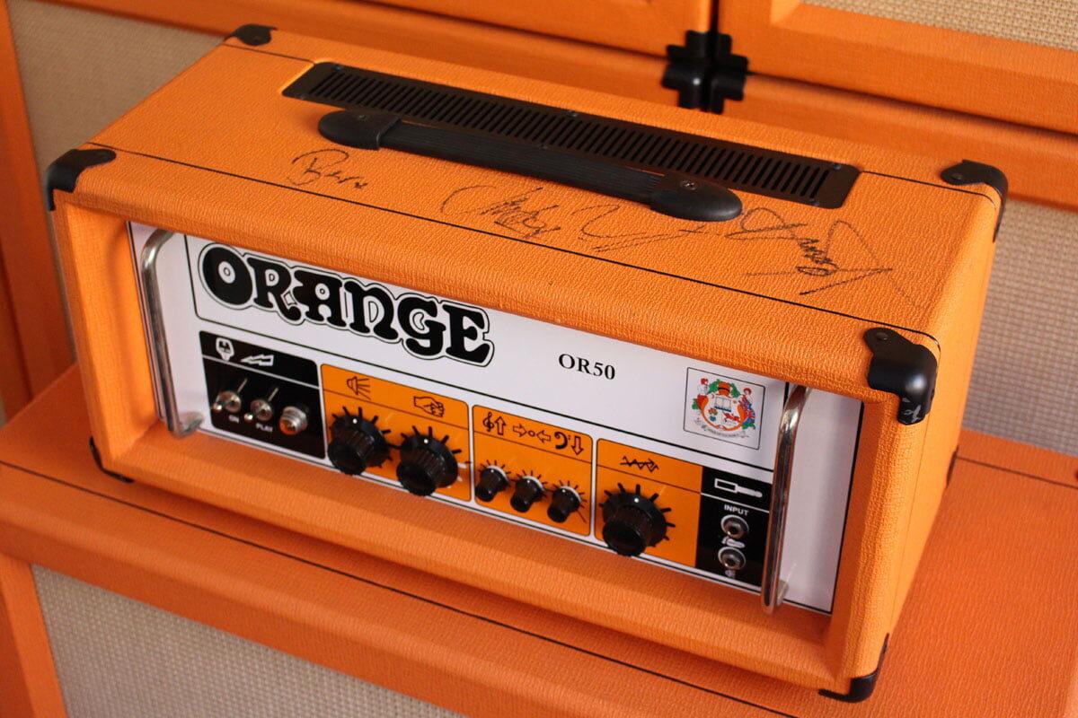 Orange i Biffy Clyro zbierają pieniądze na walkę z rakiem